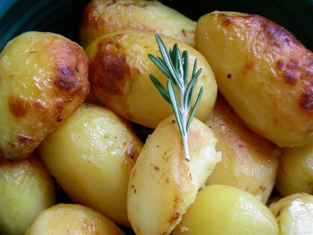 Browned Potatoes With Roast1 152029 (Small)
