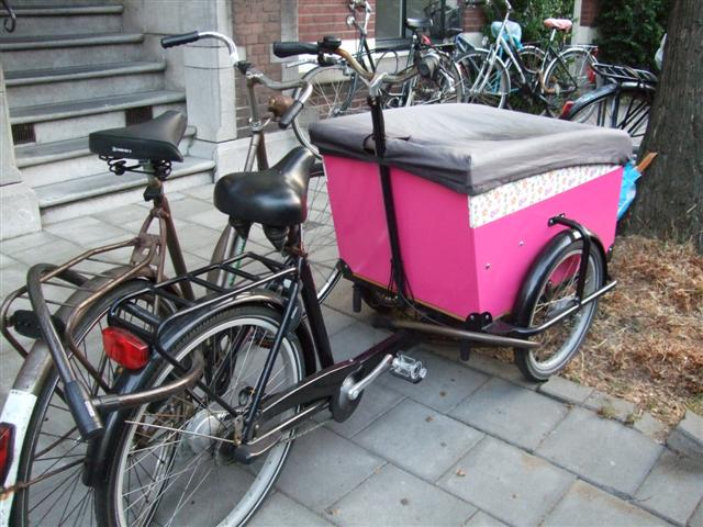 Bakfiets (photo © kiwidutch)