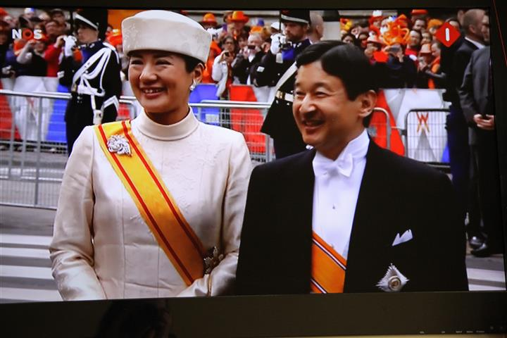 investiture willem alexander april 30th 2013 4q (Small)