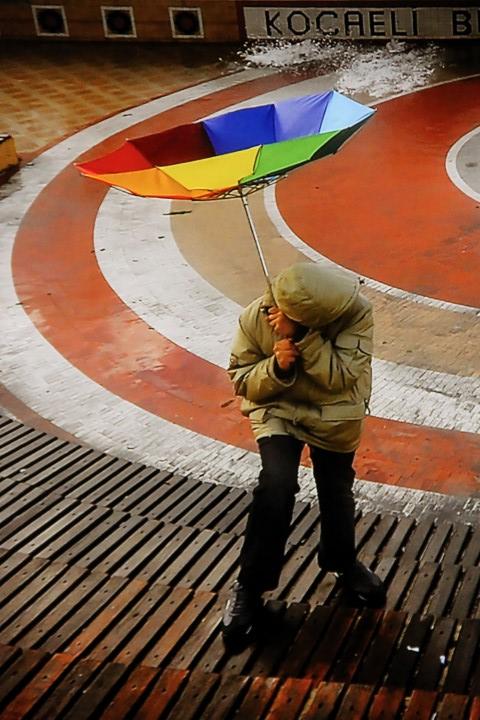 (photograph © Aytul Akbas)